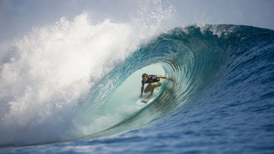 Experience the sensation of surfing