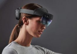 12 Cool Uses Of Virtual Reality, From Training To Travel